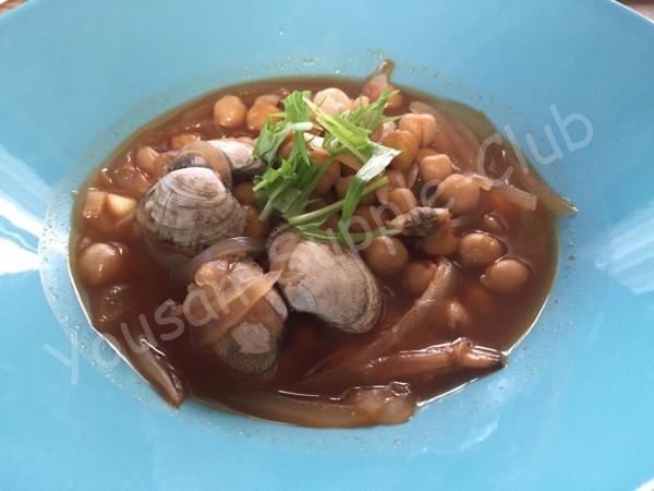ひよこ豆とあさりのトマトスープ
